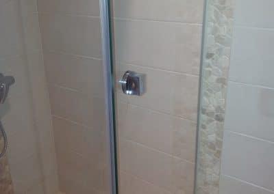 Paroi de douche d'angles - Miroiterie singulière