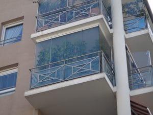 Fermetures de balcon en verre à Montpellier