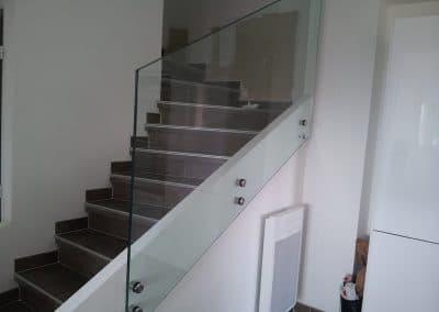 Garde-corps en verre escalier