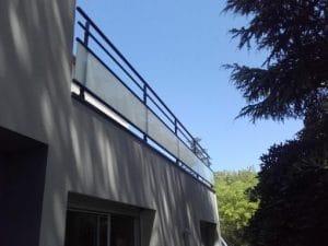 Garde-corps en verre et aluminium dans l'Hérault