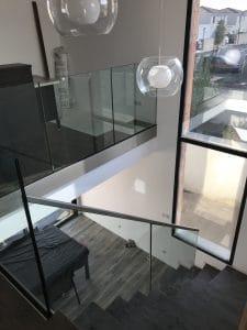 garde corps en verre escalier et mezanine